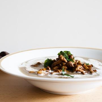 תמונה של מרק קרם פטריות וערמונים